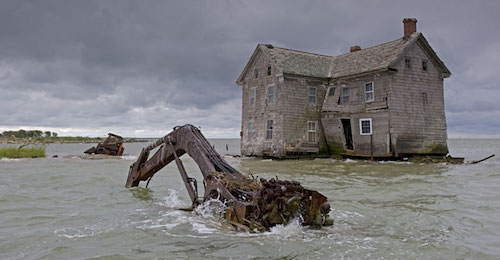 gw-impact-sea-level-rise-flooded-building-chesapeake-bay
